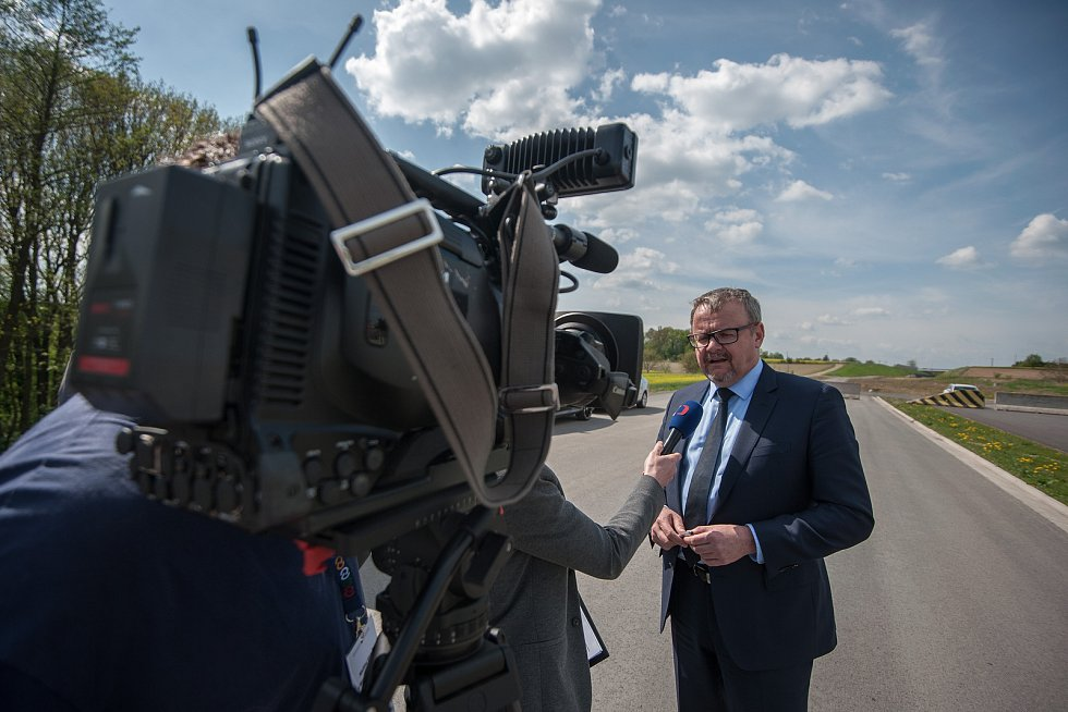 Vláda ČR na návštěvě Moravskoslezského kraje. Jednou ze zastávek byla i Prodloužená Rudná v Ostravě-Porubě.
