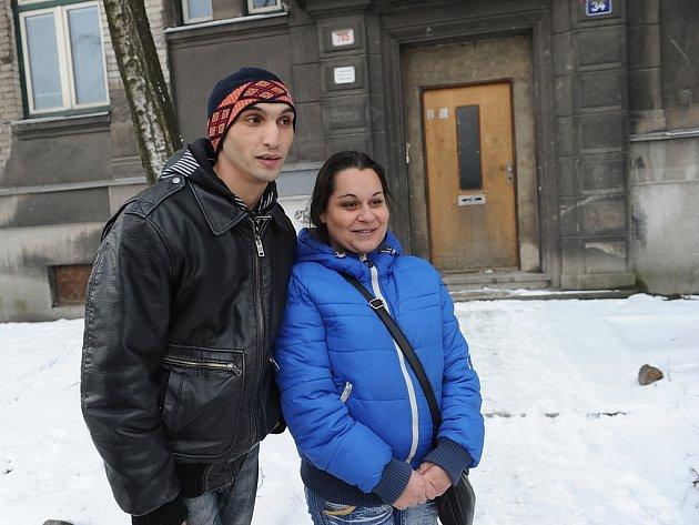 První čtyři rodiny dostaly od města Ostravy šanci na lepší život. V rámci projektu Sociální inkluze dostaly klíče od zrekonstruovaných bytů a také možnost dodělat si vzdělání a najít práci.