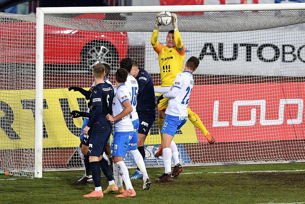 Utkání 8. kola první fotbalové ligy: FC Baník Ostrava - FC Slovácko, 20. ledna 2021 v Ostravě. (střed) brankář Ostravy Jan Laštůvka.