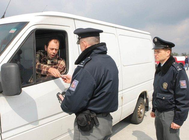 Cizinecká policie v akci