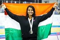 Indická plavkyně Kataria Shivani.
