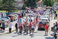 Župní sokolský slet v Blovicích - průvod. Ilustrační foto.