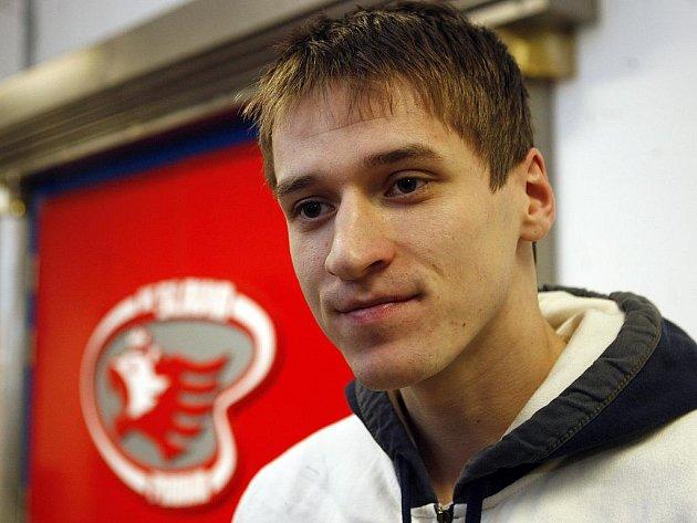 Čtyřiadvacetiletý gólman Petrohradu, ještě loni vítkovická opora Jakub Štěpánek.
