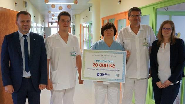RPB obdarovala brněnskou nemocnici.