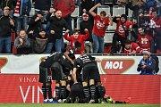 Finále fotbalového poháru MOL Cupu: FC Baník Ostrava - SK Slavia Praha, 22. května 2019 v Olomouci. Na snímku Slavia oslavuje druhý gól.