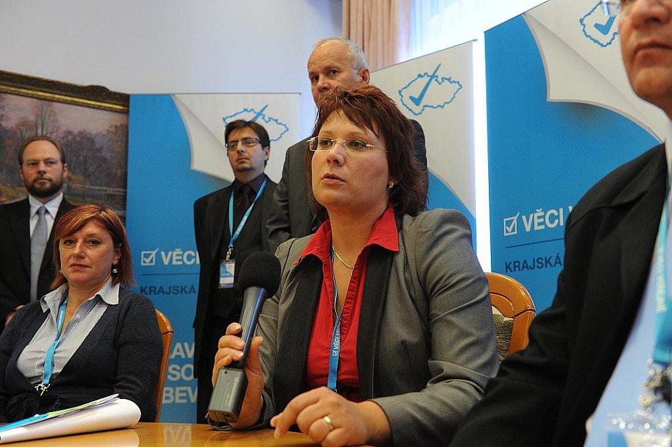 Věci veřejné posilují svou strukturu, v tomto týdnu začali volit rady v jednotlivých krajích. Straníci z moravskoslezského regionu si vybírali své vedení i za účasti předsedy strany Radka Johna.