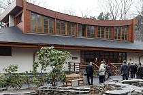 Zoo Ostrava otevřela restauraci a návštěvnické centrum.
