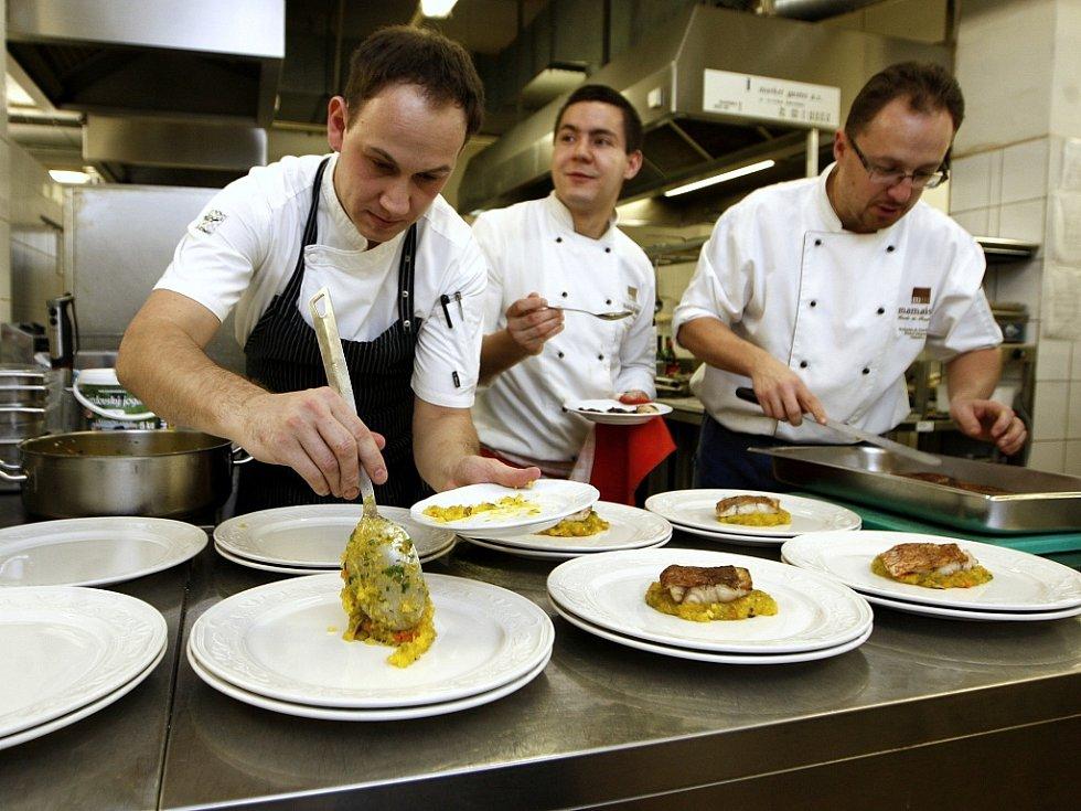 Pátý ročník Grand Restaurant Festivalu startuje. Degustační menu letos nabídne nejvíce restaurací v historii tohoto gurmánského svátku.