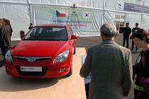 Na slavnosti nechyběly ani automobily Hyundai
