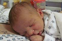 Jmenuji se MIROSLAV PRCHLÍK, narodil jsem se 15. Ledna 2019, při narození jsem vážil 3350 gramů a měřil 50 centimetrů. Bruntál