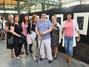 V Trojhalí Karolína ve čtvrtek 11. července byla vernisáží zahájena výstava výtvarné skupiny, která si dala název 4Perspectives.