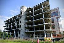 Železobetonový objekt v ulici 28. října už více než 26 let hyzdí Ostravu.