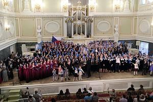 Karvinský Koncertní sbor Permoník získal na soutěži v ruském Petrohradu Cenu Grand Prix pro absolutního vítěze.