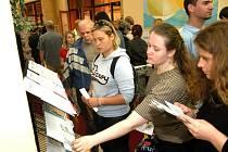 Trh práce v Ostravě přilákal tisíce lidí