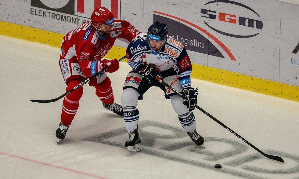 vlevo Tomáš Marcinko, vpravo Ondřej Roman