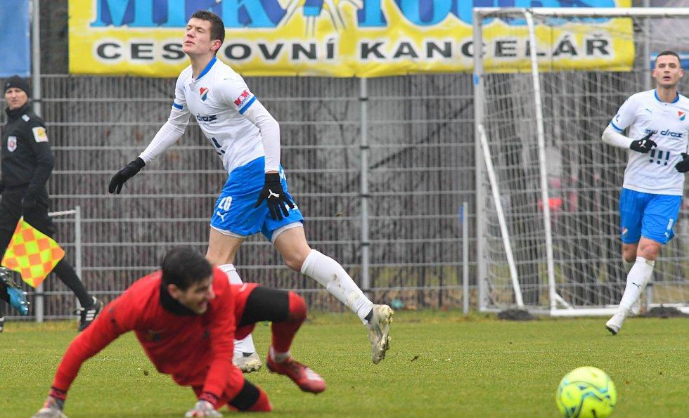 Fotbalisté Baníku Ostrava prohráli přípravné utkání s druholigovým Prostějovem 0:1. (6. ledna 2021, Ostrava).