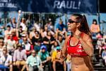 Semifinále žen USA - Brazílie. FIVB Světové série v plážovém volejbalu J&T Banka Ostrava Beach Open, 2. června 2019 v Ostravě. Na snímku Brooke Sweat (USA).