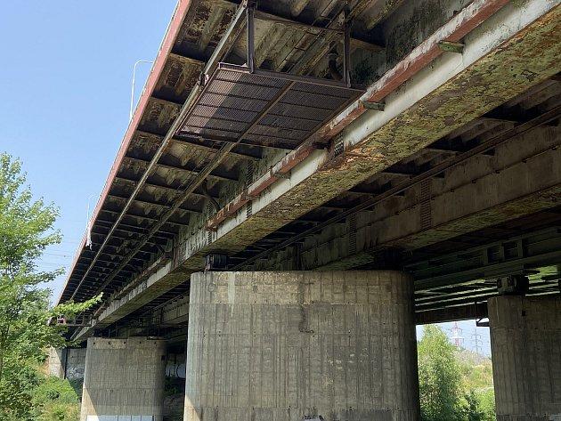 Most přes řeku Odru vulici Opavská vOstravě-Porubě čeká rekonstrukci, snímky z13. července 2021.