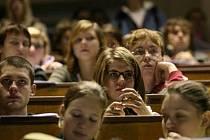 Mnozí ze studentů po skončení studia ze severu Moravy a Slezska odcházejí