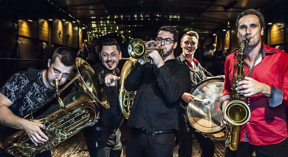 Festival v ulicích - LOVESONG ORCHESTRA