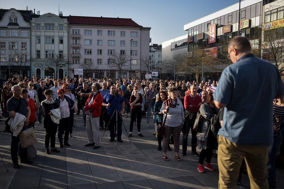 Protest proti Andreji Babišovi 9. dubna 2018 v Ostravě.
