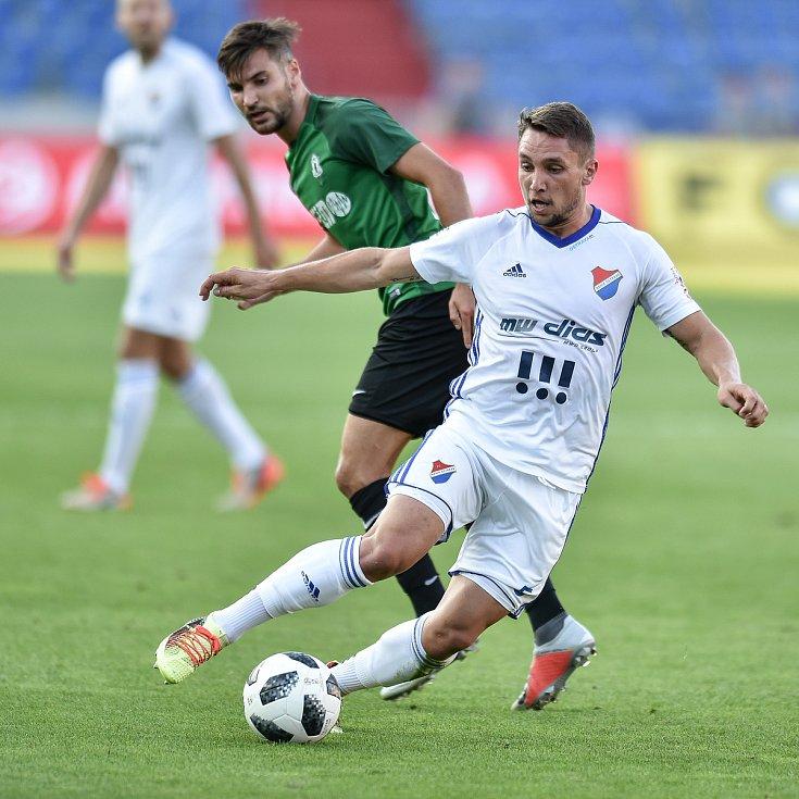 Utkání 1. kola první fotbalové ligy: Baník Ostrava - FK Jablonec, 23. července 2018 v Ostravě. (vlevo) Jánoš Adam a Trávník Michal.