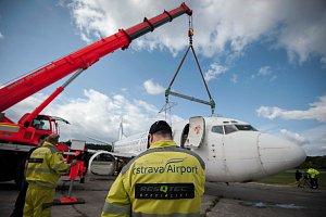 Výcvik ve vyprošťování letadel