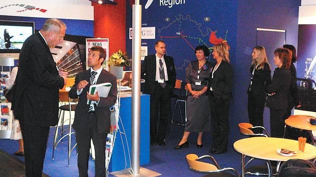 Hejtman Moravskoslezského kraje navštívil stánek našeho kraje na mnichovském veletrhu Expo Real