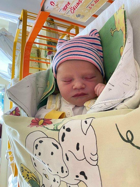 Sofie Čelinská, Žabeň, narozena  3. dubna 2021, míra 49 cm, váha 3070g Foto: s dovolením rodiny
