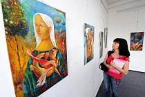 Výstava Sergeje Soumina probíhá v těchto dnech v obchodním domě Librex.