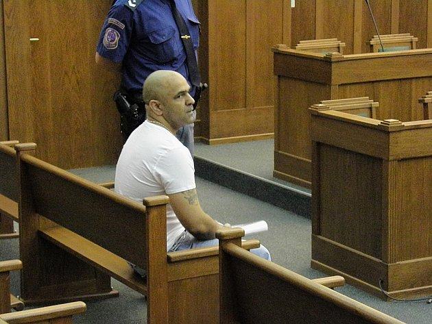 Petr Leško u soudu připustil menší prodej heroinu. Důrazně však odmítl, že by jeho rukama prošlo šest a půl kilogramu této drogy.
