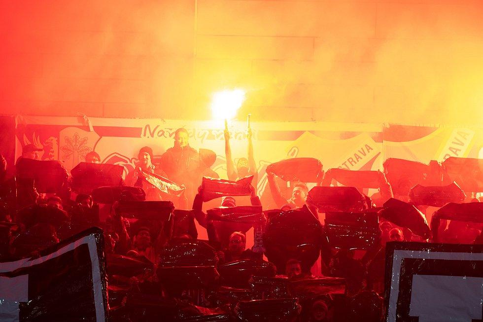 Utkání 20. kola první fotbalové ligy: Baník Ostrava - Sparta Praha, 14. prosince 2019 v Ostravě. Na snímku choreo fanoušků FC Baník Ostrava.