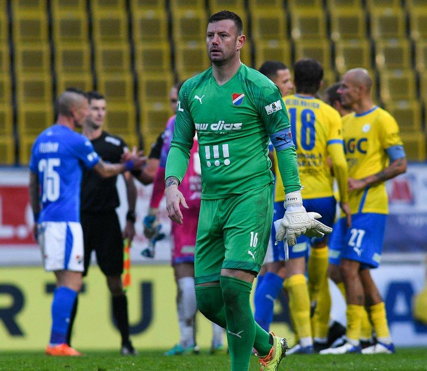5. kolo FORTUNA:LIGA, FK Teplice - FC Baník Ostrava, 26. září 2019 v Teplicích. Brankář Jan Laštůvka z FC Baník Ostrava