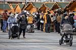 Vánoční trhy na Masarykově náměstí v Ostravě. Ilustrační foto.