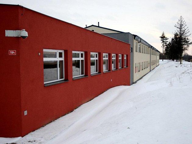 Detenční ústav by měl vzniknout z výchovného ústavu, který sídlí v Polance nad Odrou a nedávno prošel nákladnou rekonstrukcí.