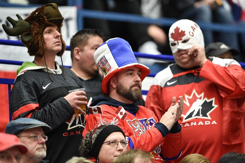 Mistrovství světa hokejistů do 20 let, skupina B: Kanada - ČR, 31. prosince 2019 v Ostravě. Na snímku fanoušci.