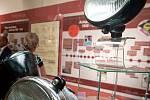 Výstava 140 let cesty světla připomíná kulaté výročí vzniku dílny a výroby prvního světla v Novém Jičíně.