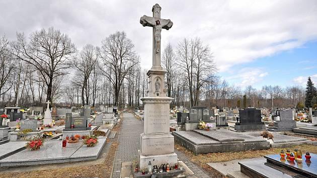 Bohumín na jaře zvýší ceny za hrobová místa na svých hřbitovech.