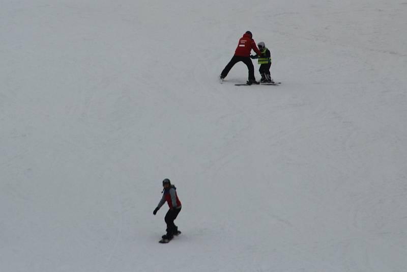 Lyžování na Vaňkově kopci s iniciativou Chcípl PES 3. února 2021
