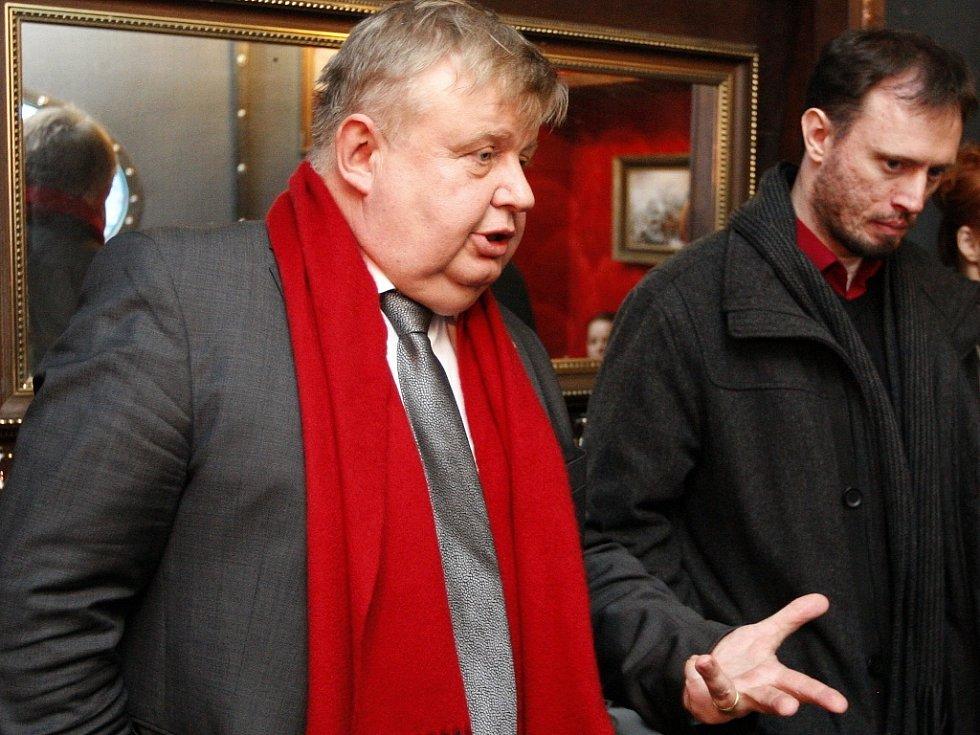 Předseda představenstva Vítkovic Jan Světlík (na snímku vlevo) s ředitelem sdružení Trojhalí Karolina Petrem Šnejdarem.