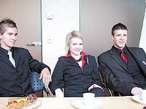 Členové soutěžního týmu z hrabůvského gymnázia