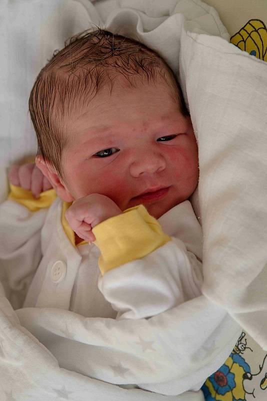 Michael Šuba, Orlová, narozen 8. září 2021 v Karviné, míra 50 cm, váha 3410 g. Foto: Marek Běhan
