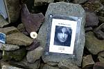 Symbol svobody od roku 1982 – mohyla Johna Lennona pod vrcholem Smrku.