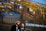 Zuzana Klusová na snímku s Davidem Witoszem na celostátním fóru České pirátské strany v Dolní Oblasti Vítkovic, 11. ledna 2020 v Ostravě.
