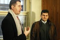 Někdejší personální ředitel společnosti Unex Jan Klus (na snímku vpravo se svým obhájcem) vinu popřel.