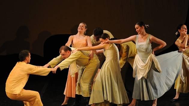 Snímek je scénického provedení  baletu Rákos Rákoczy Leoše Janáčka, které se uskutečnilo v pondělí v Ostravě.
