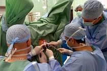 Letos na jaře provedli lékaři Vítkovické nemocnice poprvé odstranění hemoroidů speciální metodou