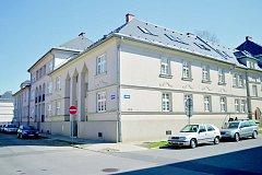 Jubilejní kolonie v Hrabůvce před a po rekonstrukci.