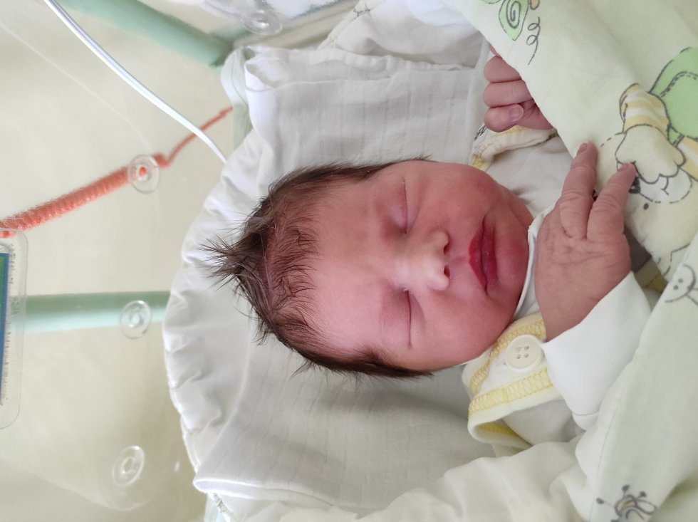Jan Skubík, Frýdek-Místek narozen 18. dubna 2021 míra 53 cm, váha 3800 g. Foto: Jana Březinová