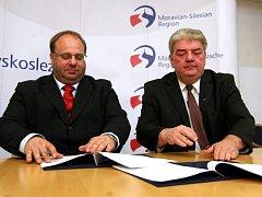 Miroslav Novák (ČSSD) a Josef Babka (KSČM)